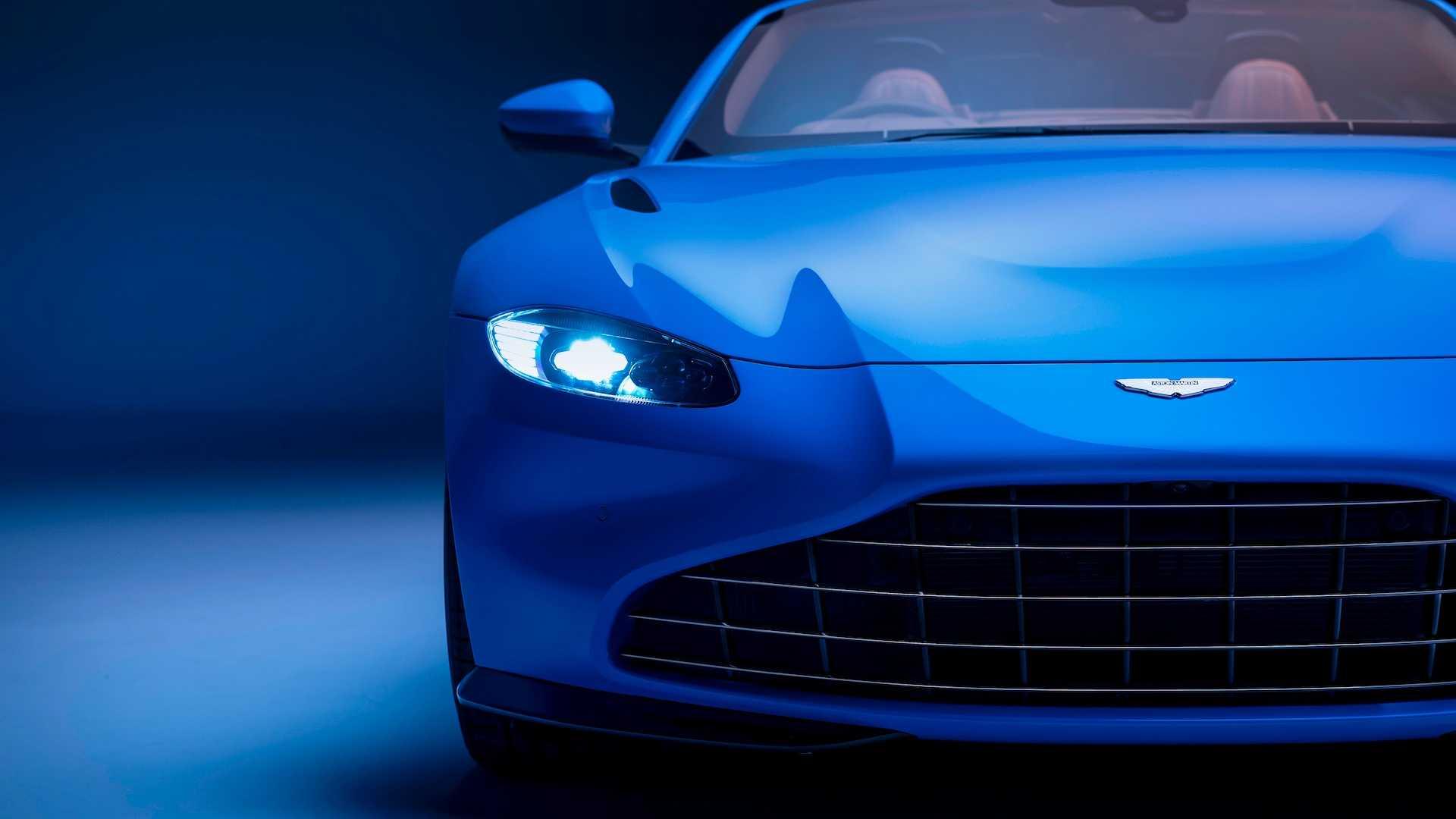 2021-aston-martin-vantage-roadster-9