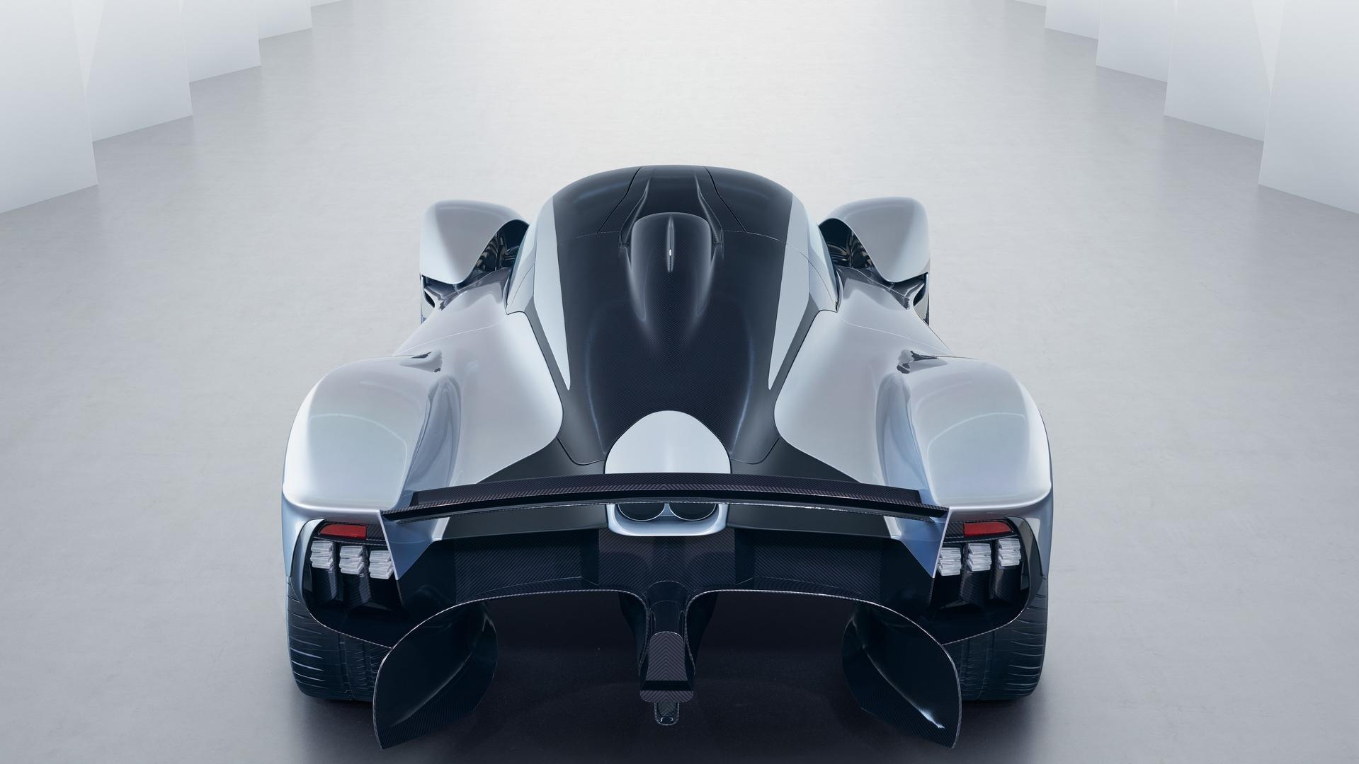 aston-martin-valkyrie-with-near-production-body (11)