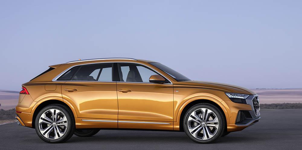Profilul lui Audi Q8 este între coupe și SUV