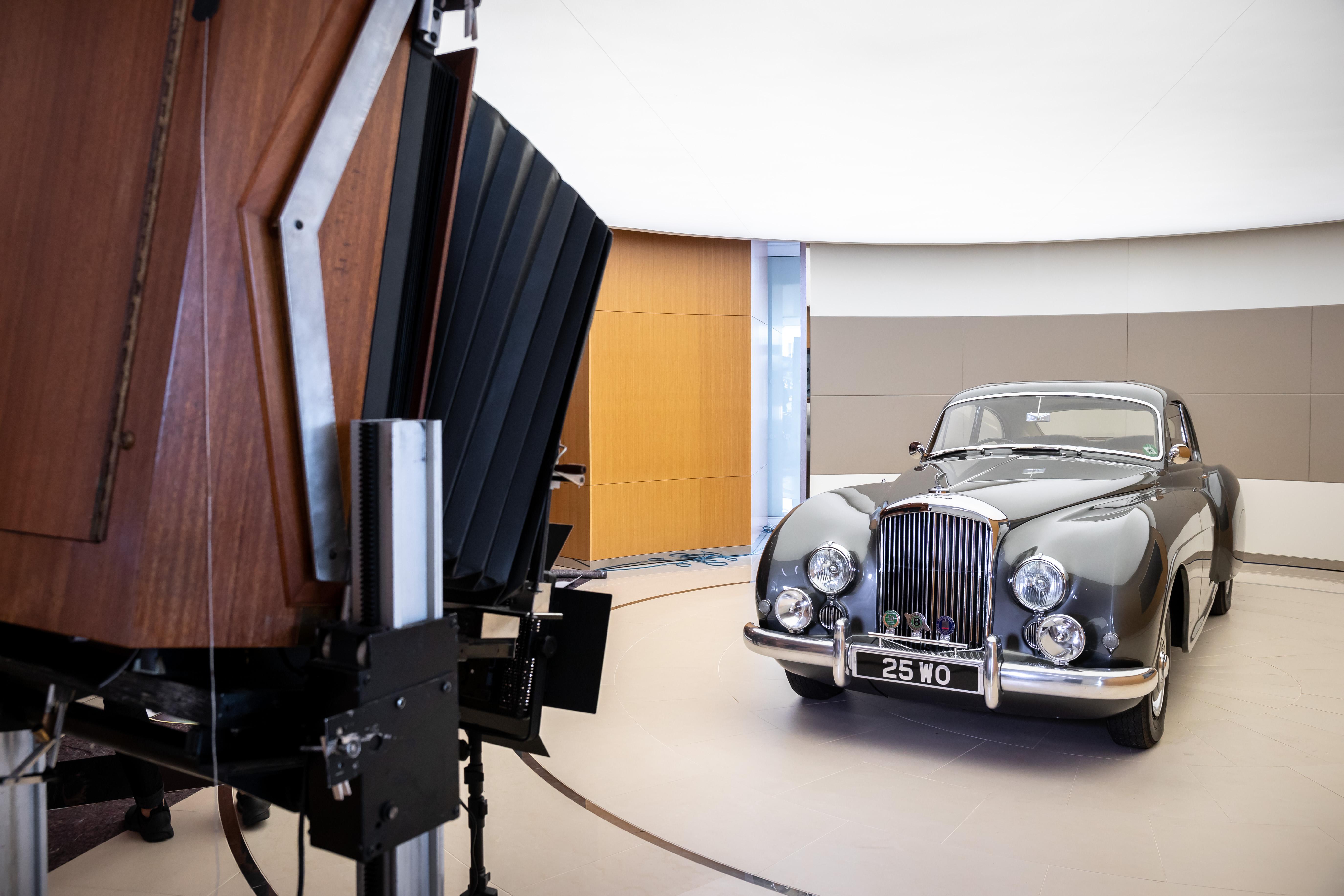 Bentley 100 Polaroid