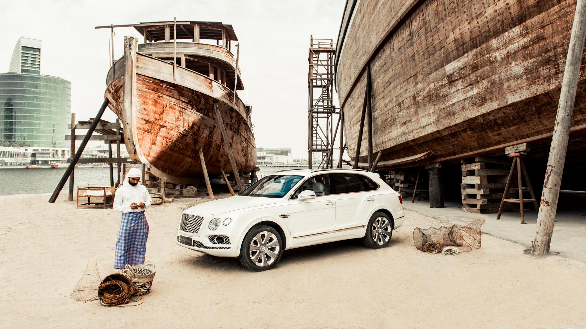 Bentley \'Pearl of the Gulf\' Hero