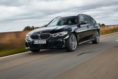 P90373311_highRes_the-new-bmw-m340i-xd
