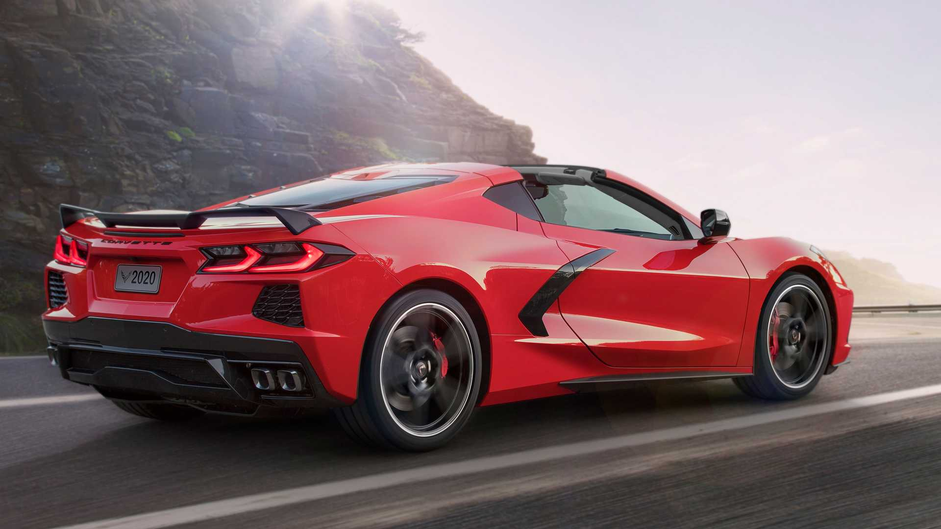 2020-chevrolet-corvette-stingray-3