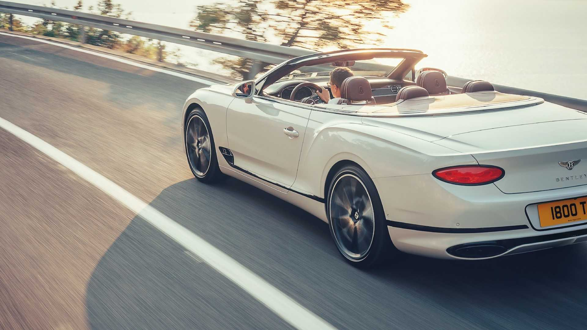 2019-bentley-continental-gt-convertible-unveiled-207-mph-luxury-droptop (15)