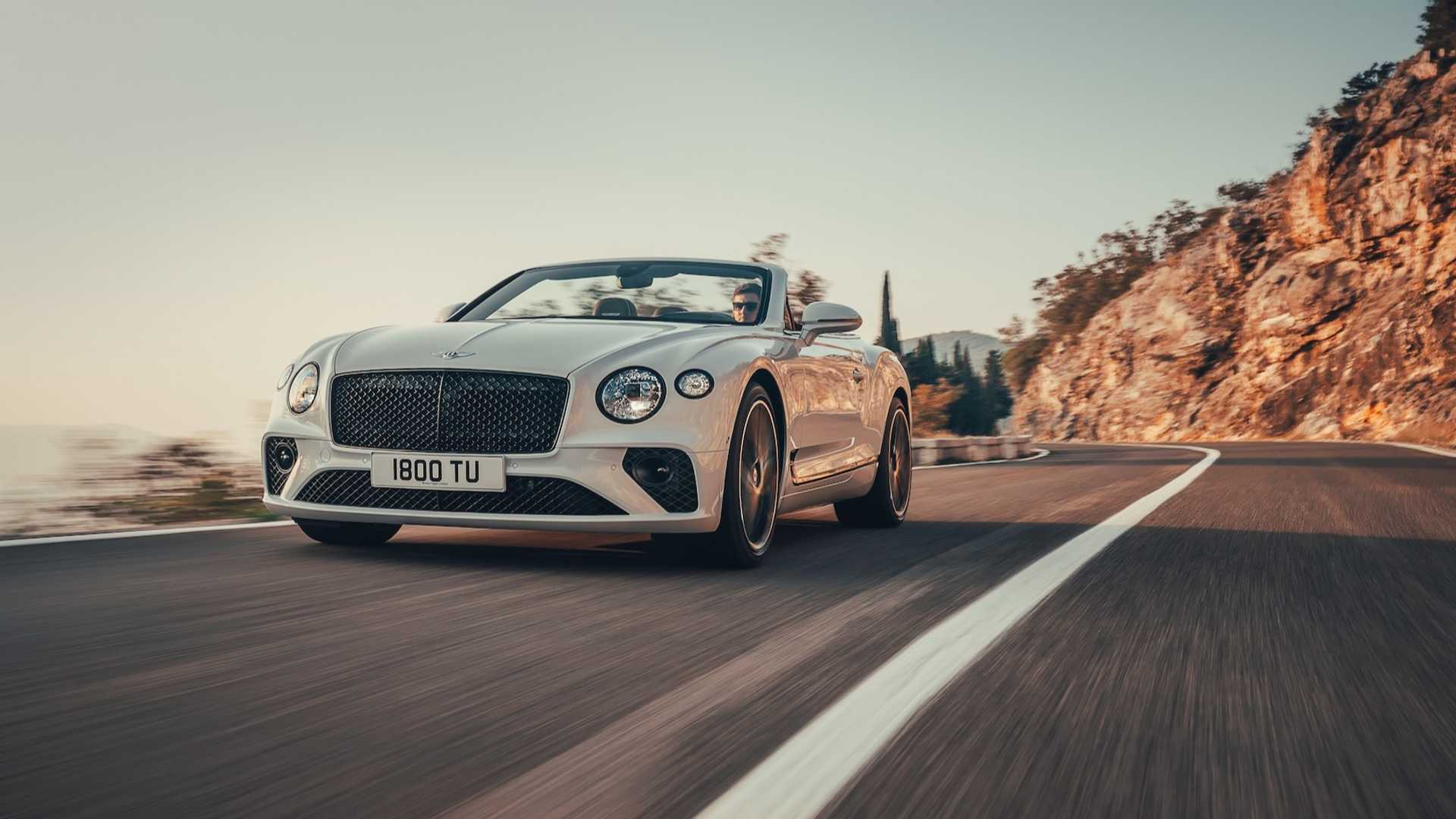 2019-bentley-continental-gt-convertible-unveiled-207-mph-luxury-droptop (2)