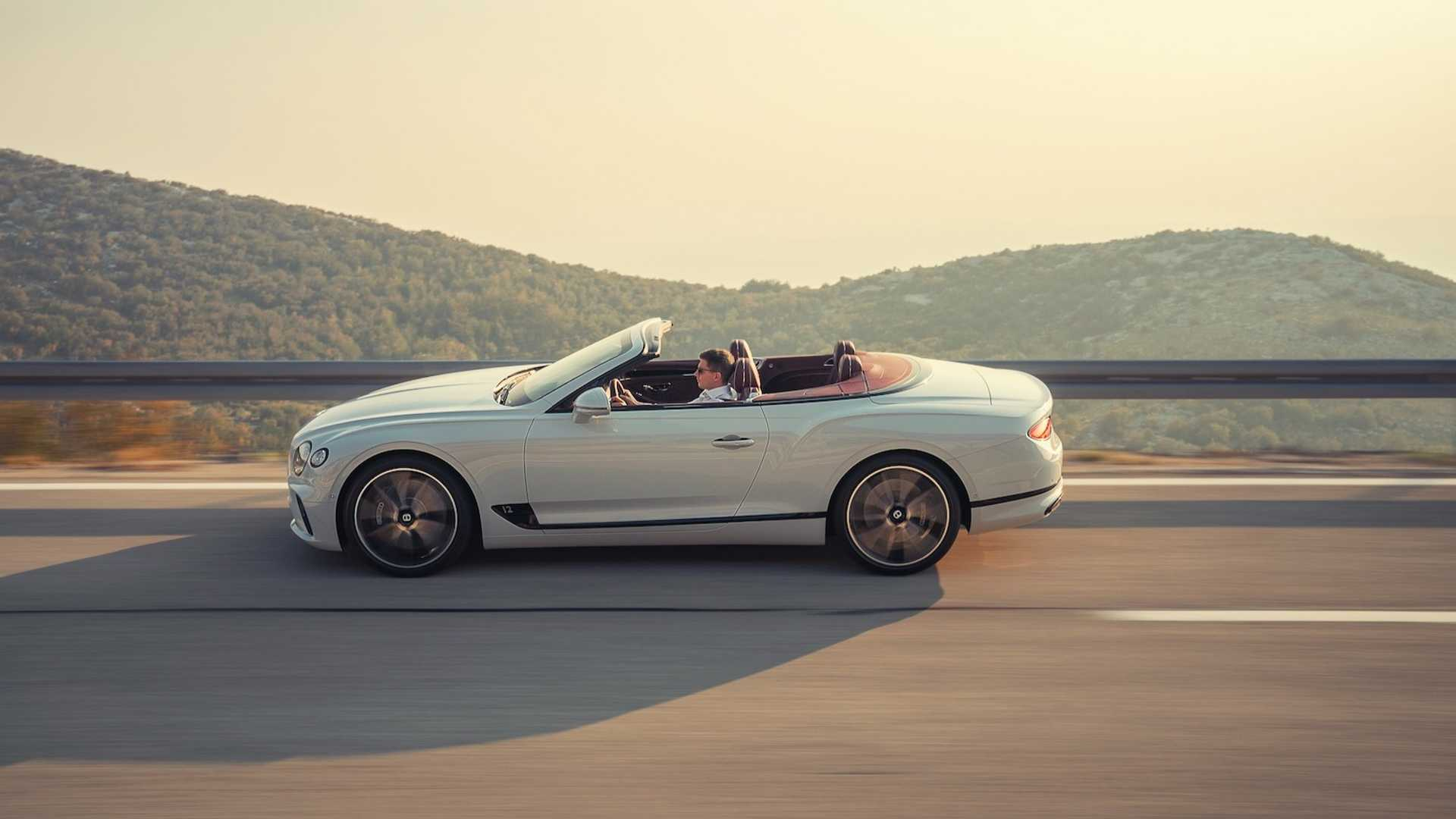 2019-bentley-continental-gt-convertible-unveiled-207-mph-luxury-droptop (9)