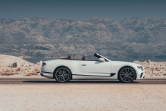 2019-bentley-continental-gt-convertible-unveiled-207-mph-luxury-droptop (10)