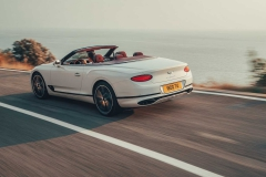 2019-bentley-continental-gt-convertible-unveiled-207-mph-luxury-droptop (11)