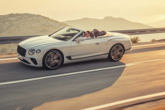 2019-bentley-continental-gt-convertible-unveiled-207-mph-luxury-droptop (5)
