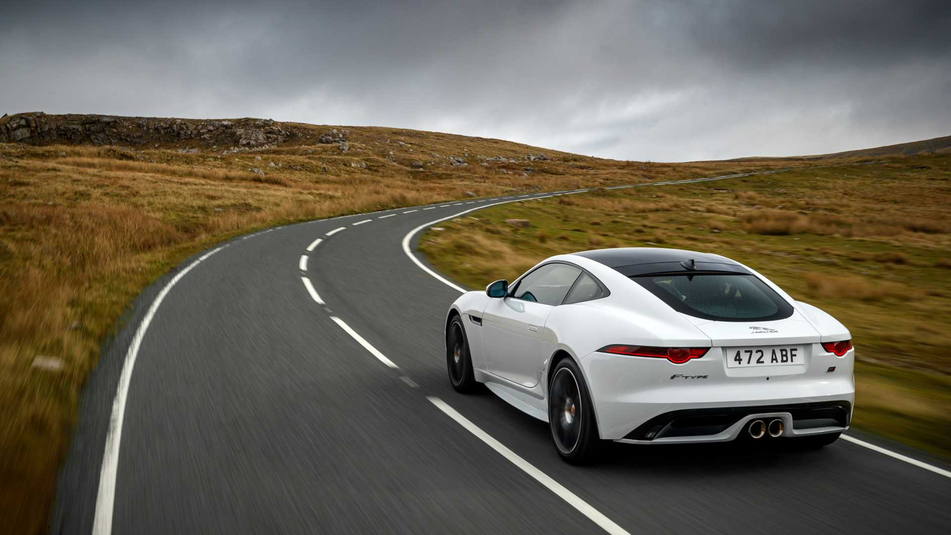 2020-jaguar-f-type-checkered-flag-edition (2)