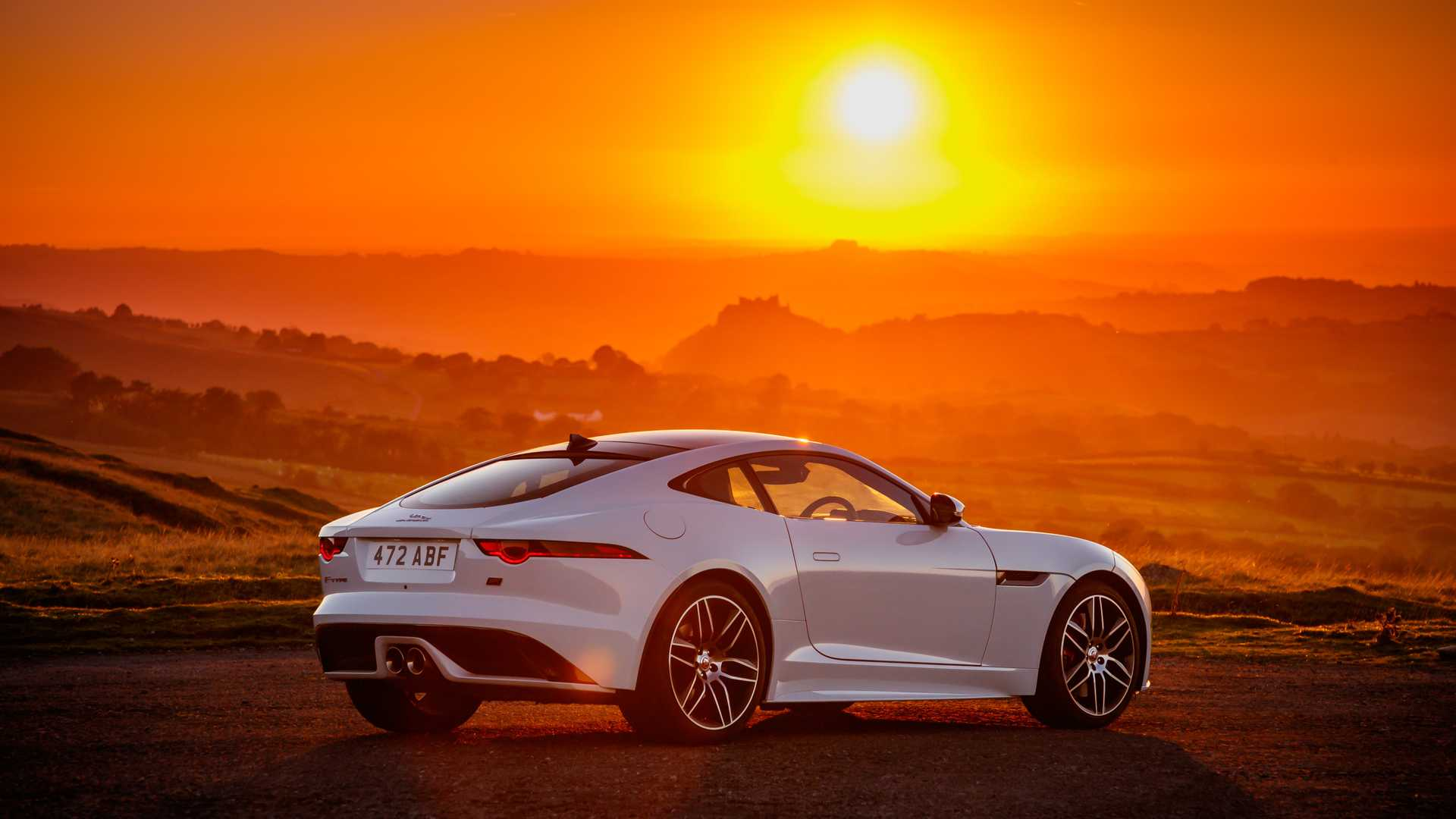 2020-jaguar-f-type-checkered-flag-edition (9)