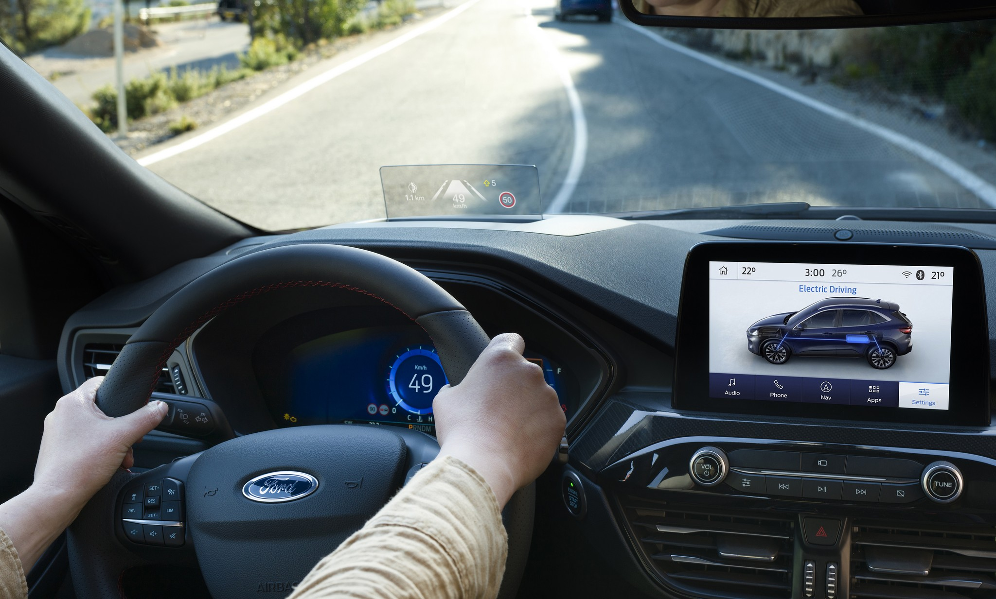 2019_FORD_KUGA_LANE_CENTERING_ASSIST