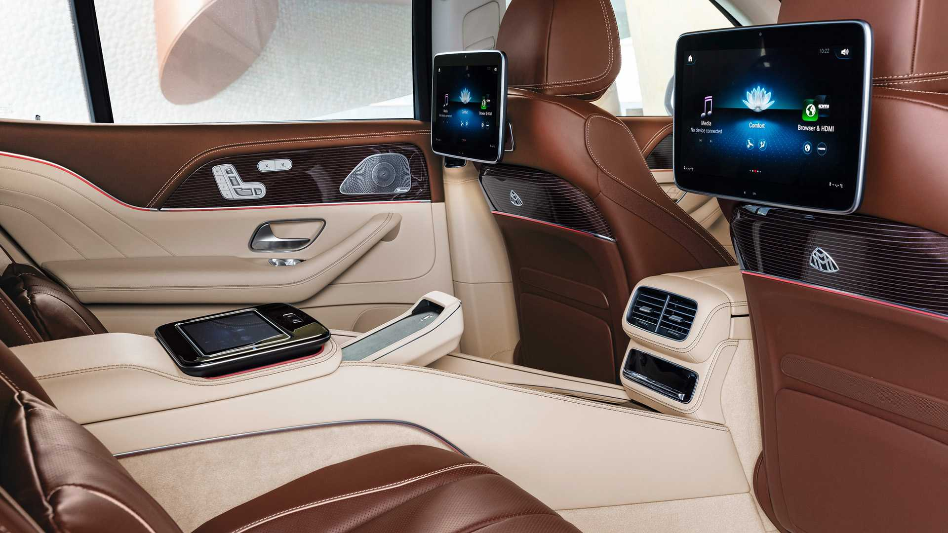 mercedes-maybach-gls-2020-24