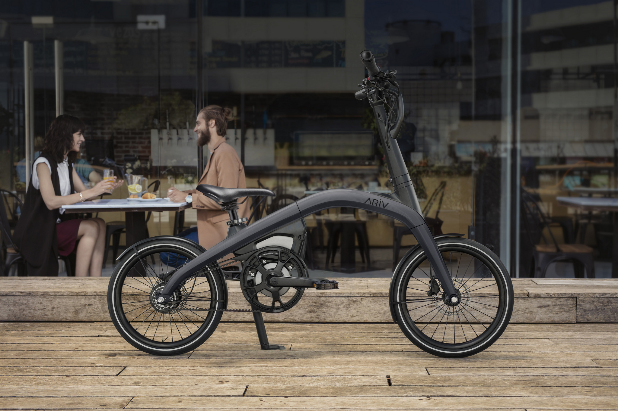The ARĪV design team combined its automotive and cycling expert