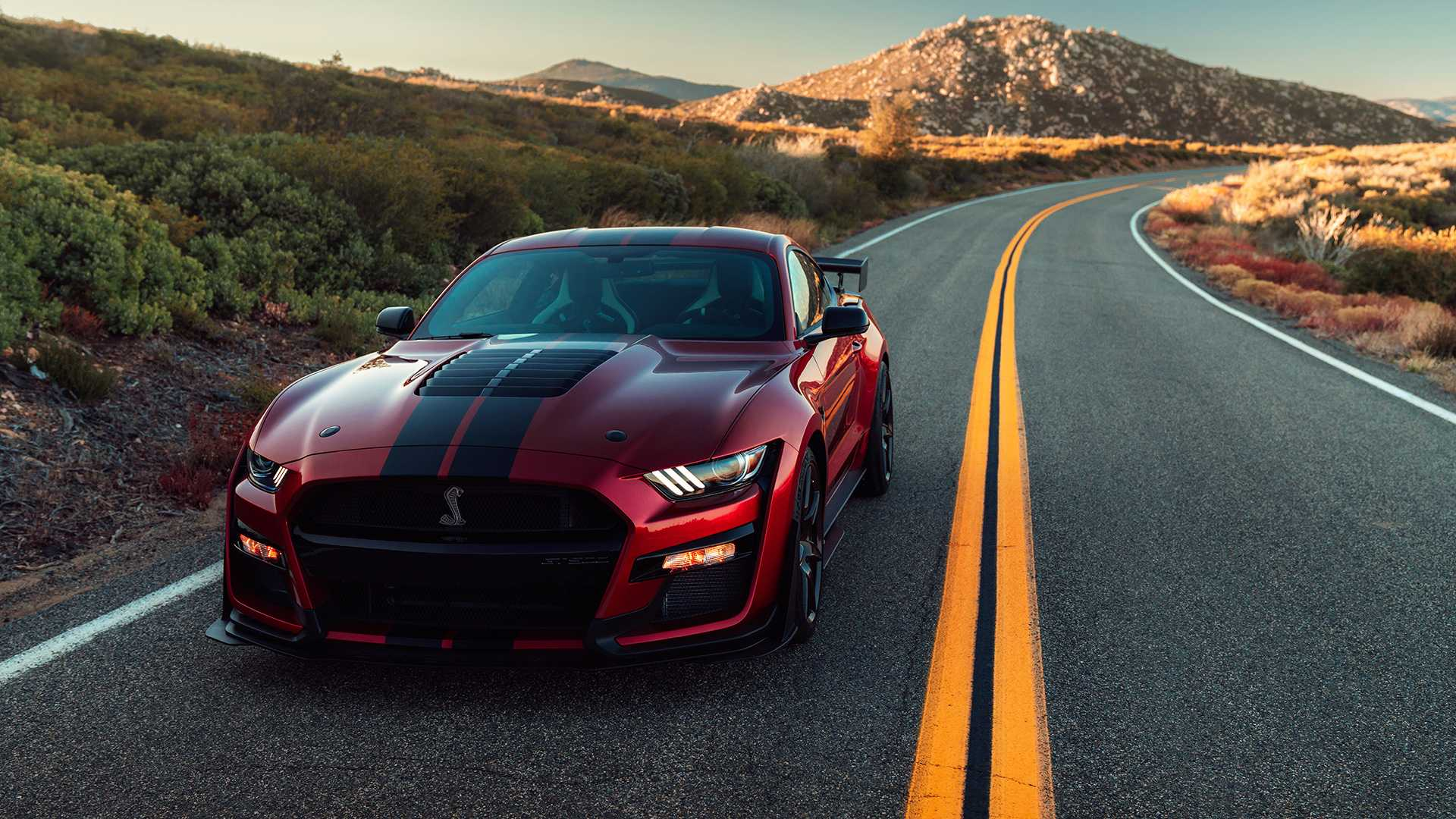 2020-ford-shelby-gt500-2
