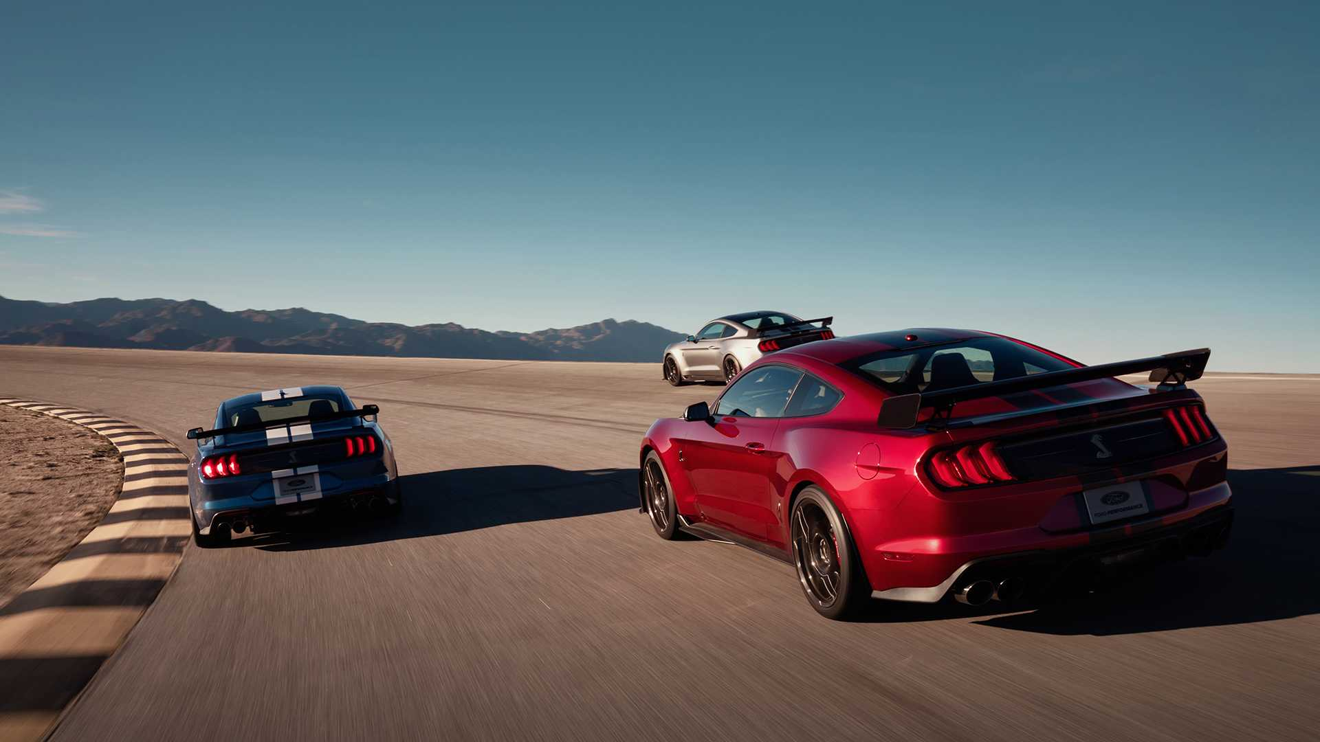 2020-ford-shelby-gt500-20