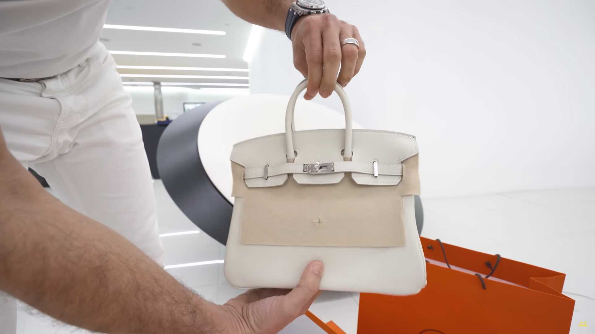 chiron-hermes-edition-8