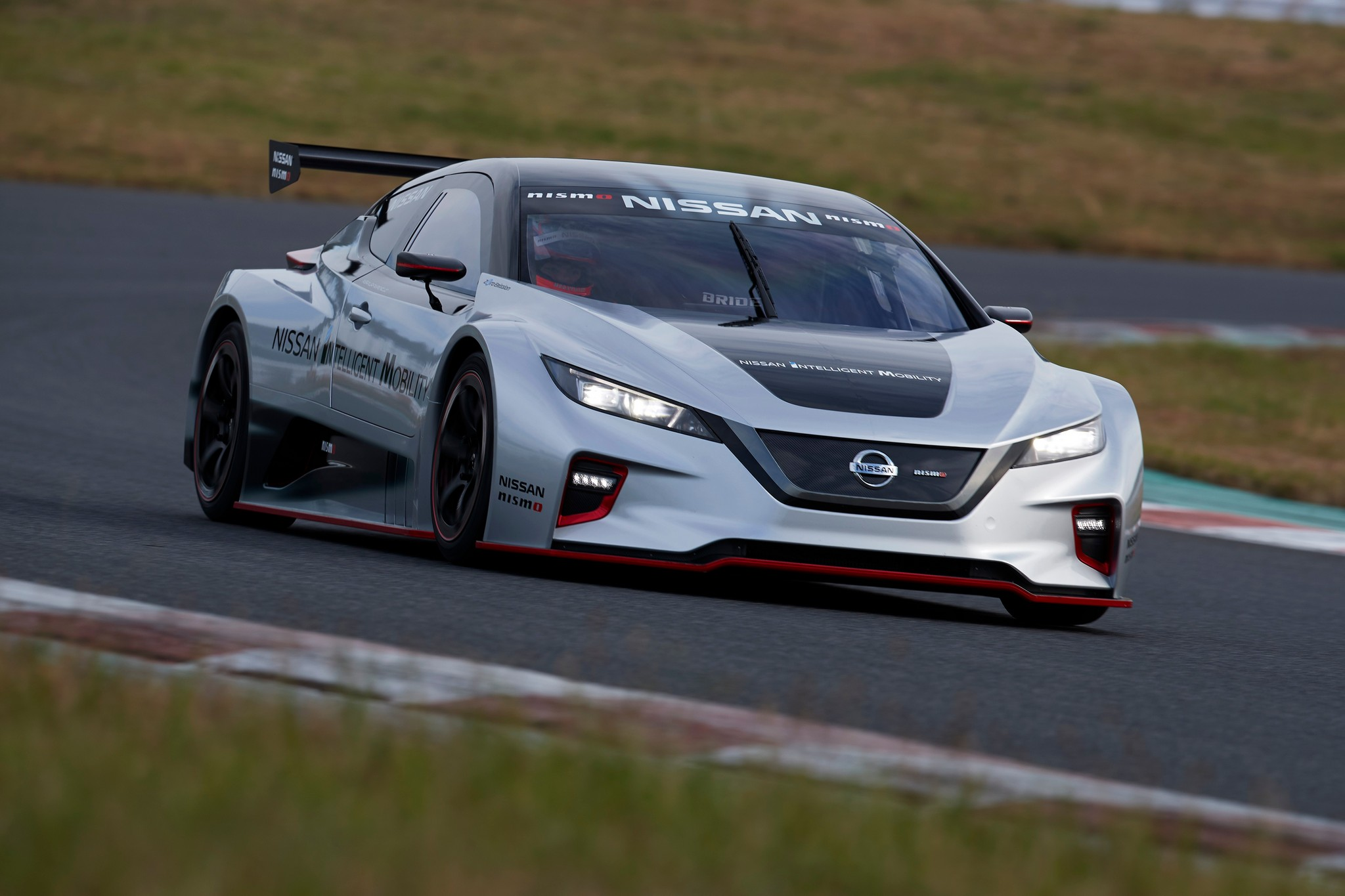 2018 LEAF NISMO RC track 07-source