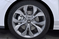 2019-hyundai-i30-fastback-n-line (10)