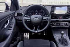 2019-hyundai-i30-fastback-n-line (13)