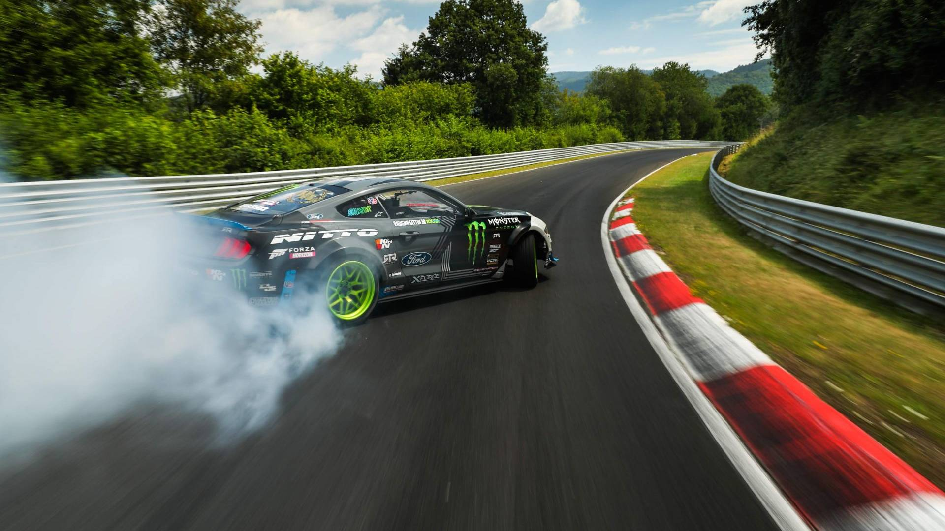 ford-mustang-rtr-drift (3)