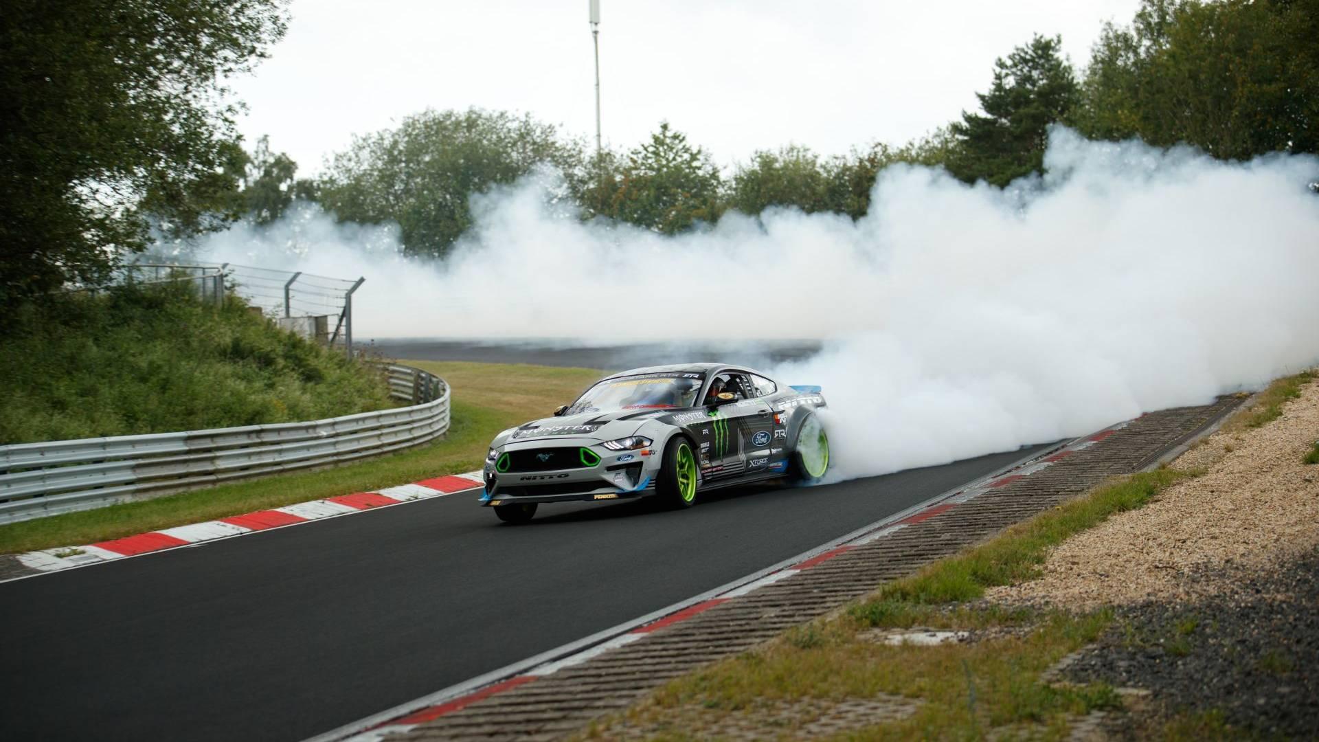 ford-mustang-rtr-drift