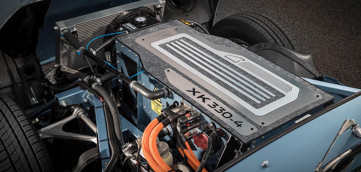 Motorul XK 330-4, electric