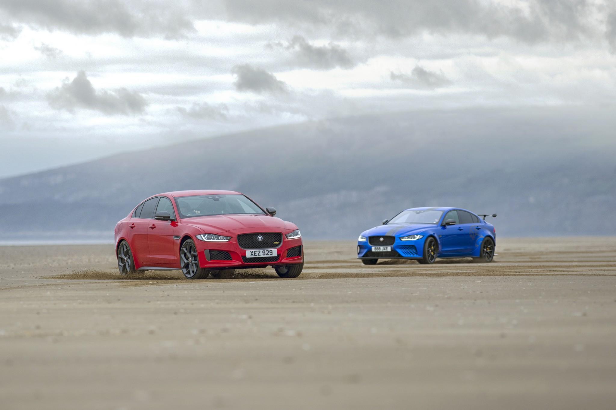 Jaguar XE Sport Project 8 02