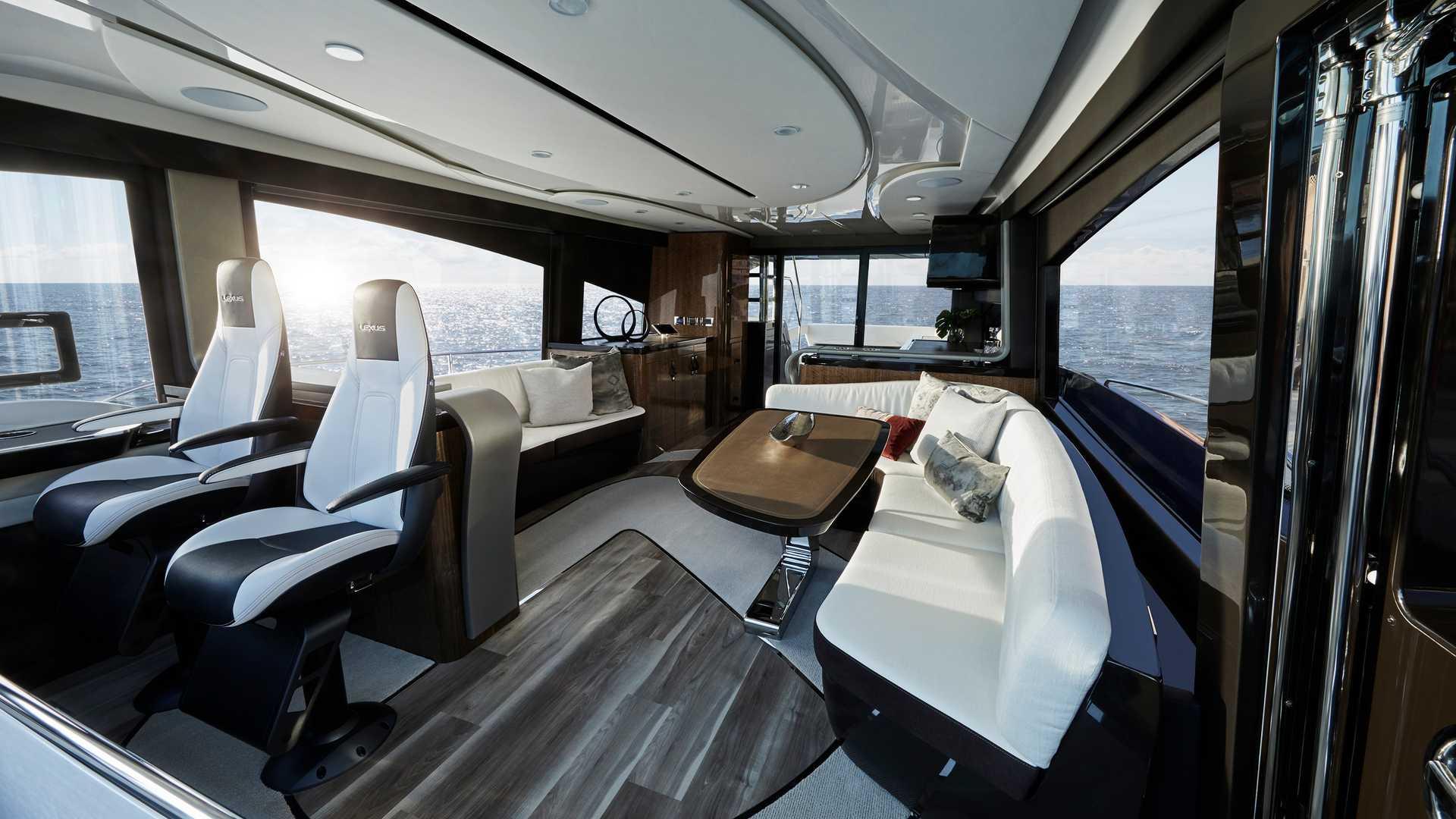 lexus-ly-650-yacht-5