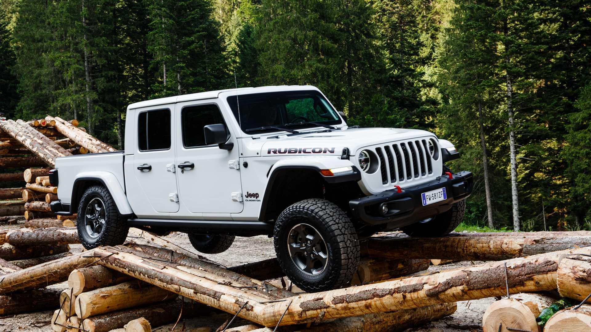 jeep-gladiator-al-camp-jeep-2019-1