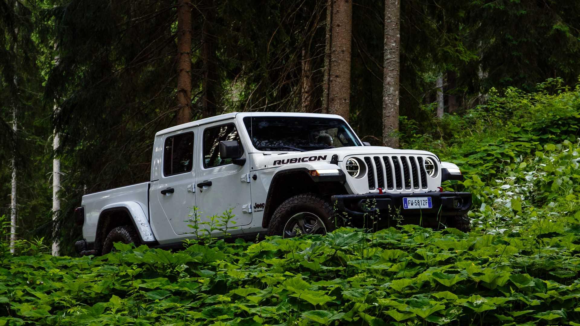 jeep-gladiator-al-camp-jeep-2019-21