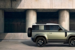 land-rover-defender-2020my-18