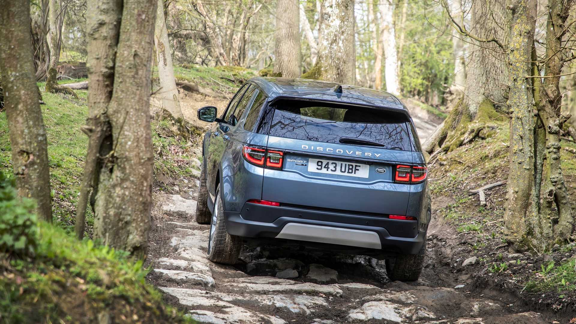 2020-land-rover-discovery-sport-35