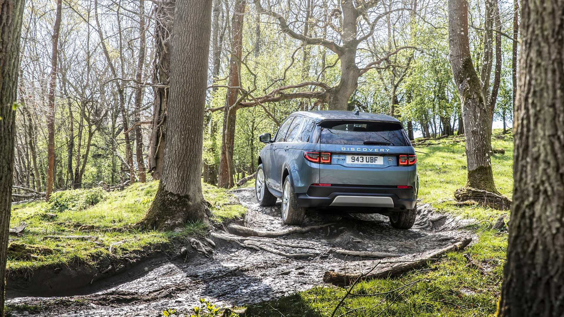 2020-land-rover-discovery-sport-36