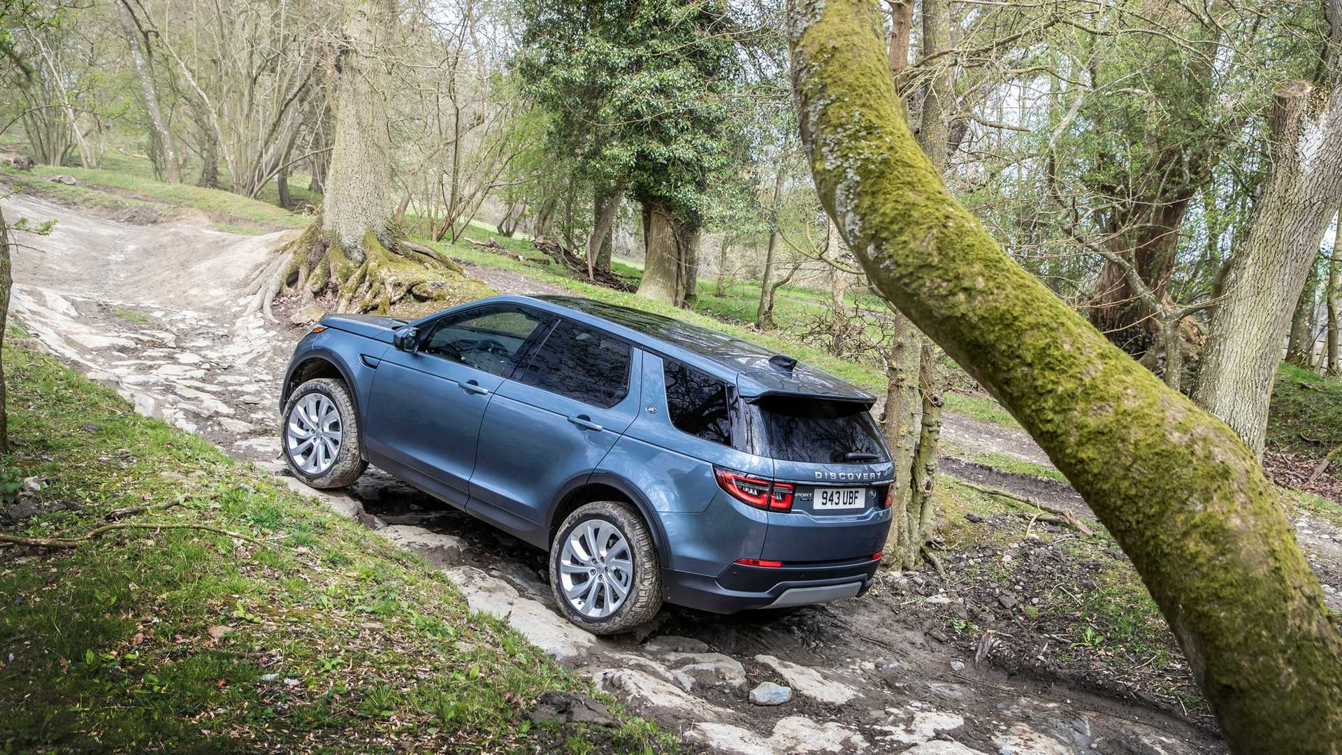 2020-land-rover-discovery-sport-37