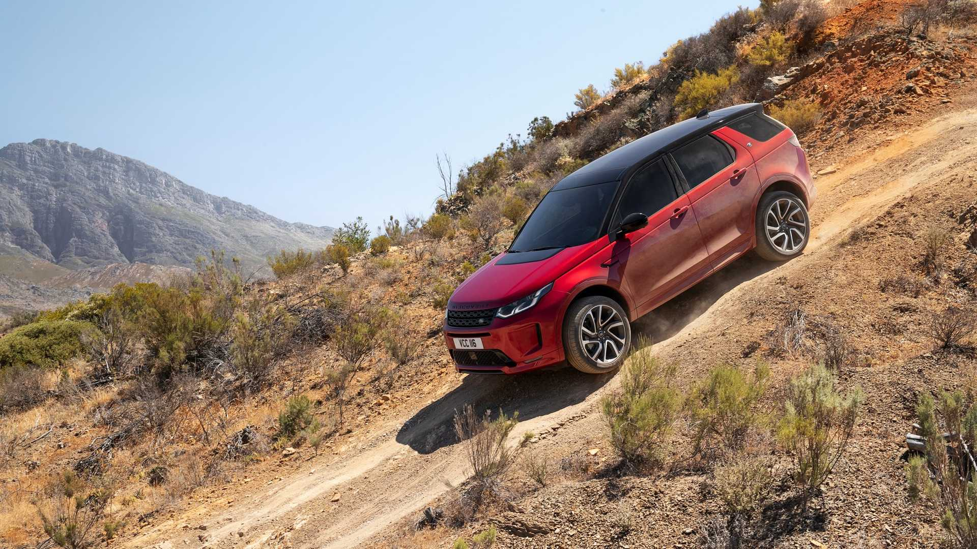 2020-land-rover-discovery-sport-45