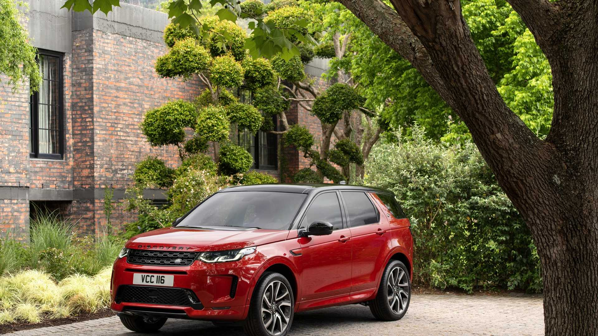 2020-land-rover-discovery-sport-55