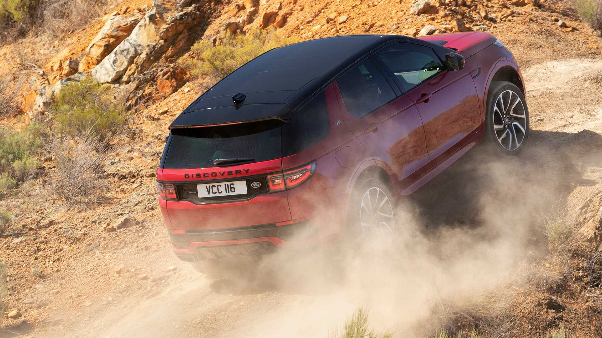 2020-land-rover-discovery-sport-47