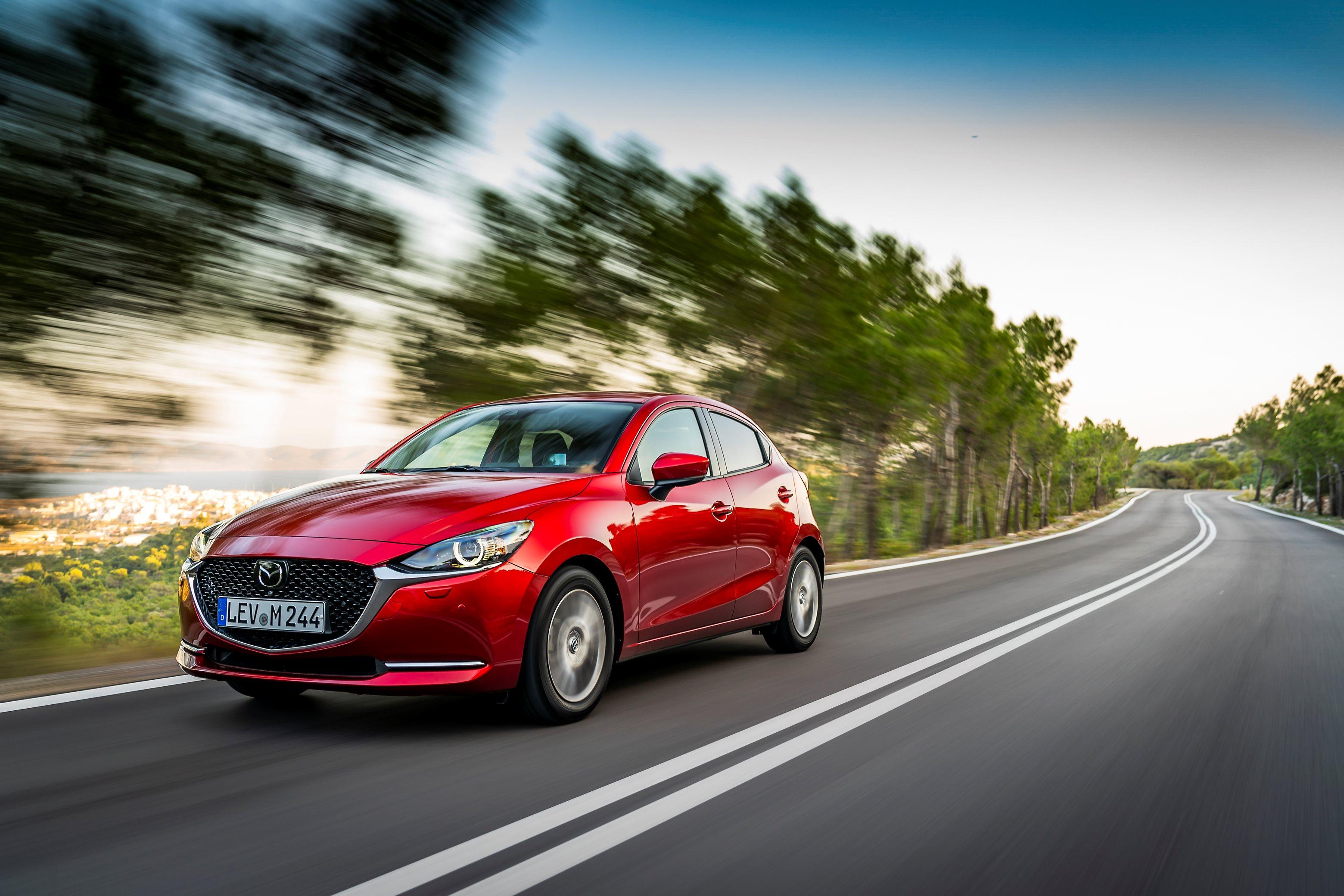 2020-Mazda2_ext