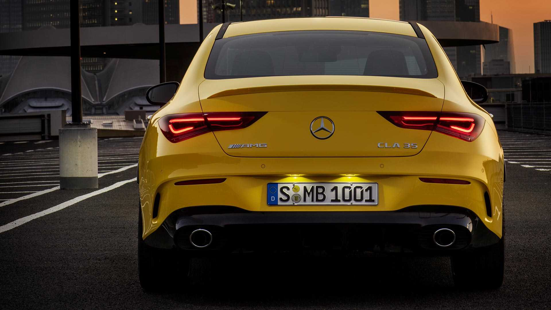 2020-mercedes-amg-cla-35-coupe (10)