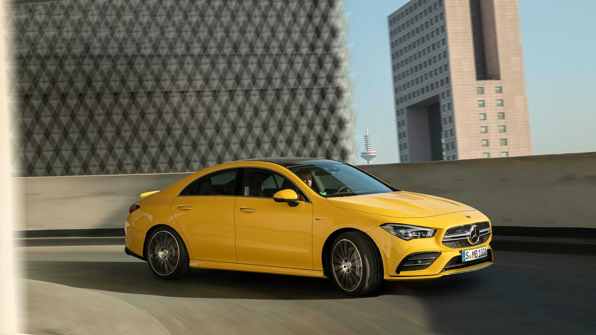 2020-mercedes-amg-cla-35-coupe (11)