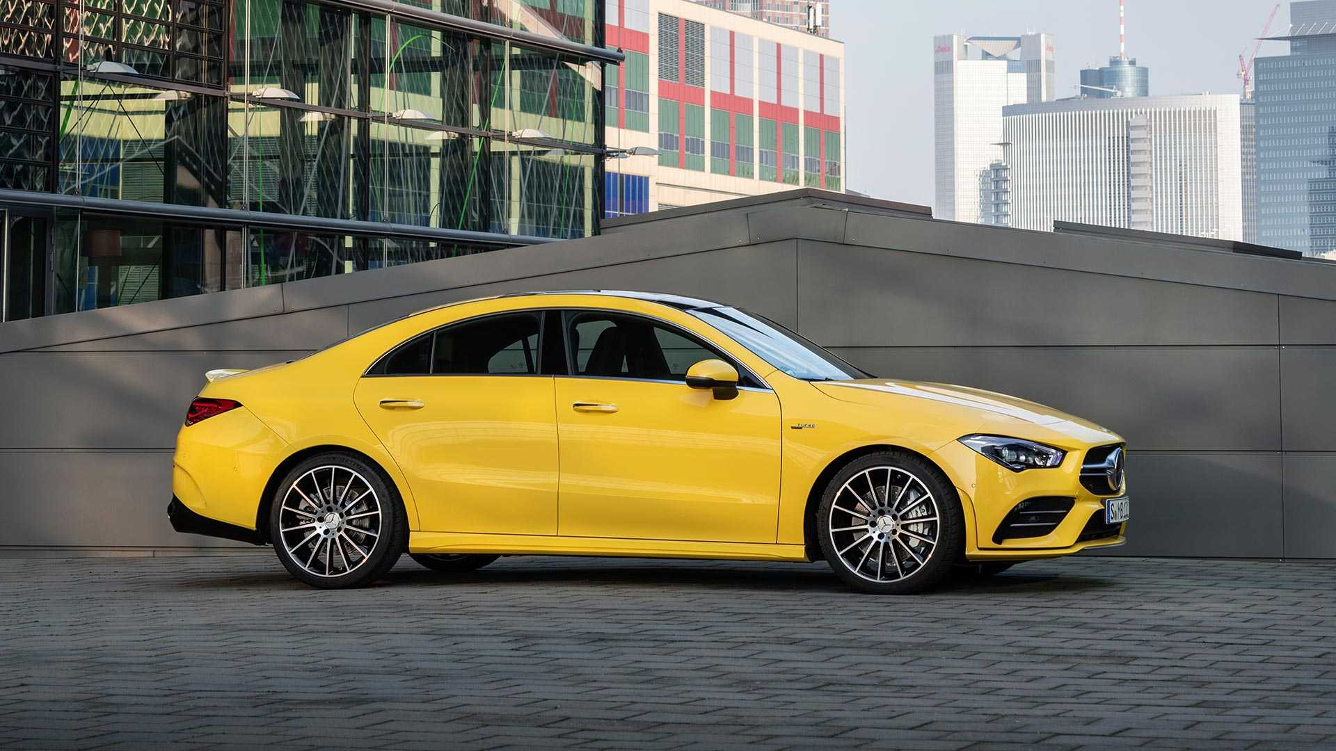 2020-mercedes-amg-cla-35-coupe (14)