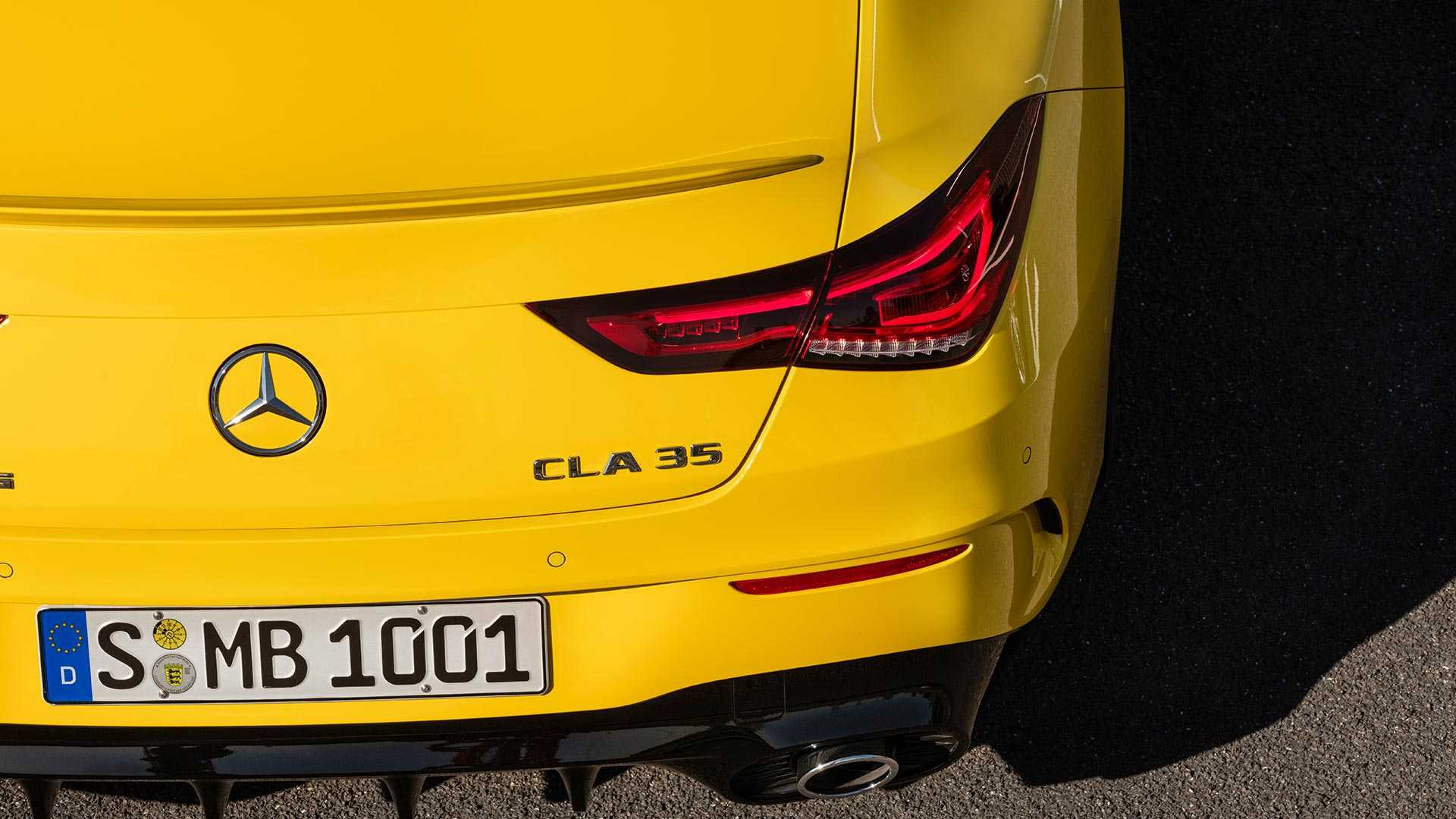 2020-mercedes-amg-cla-35-coupe (22)