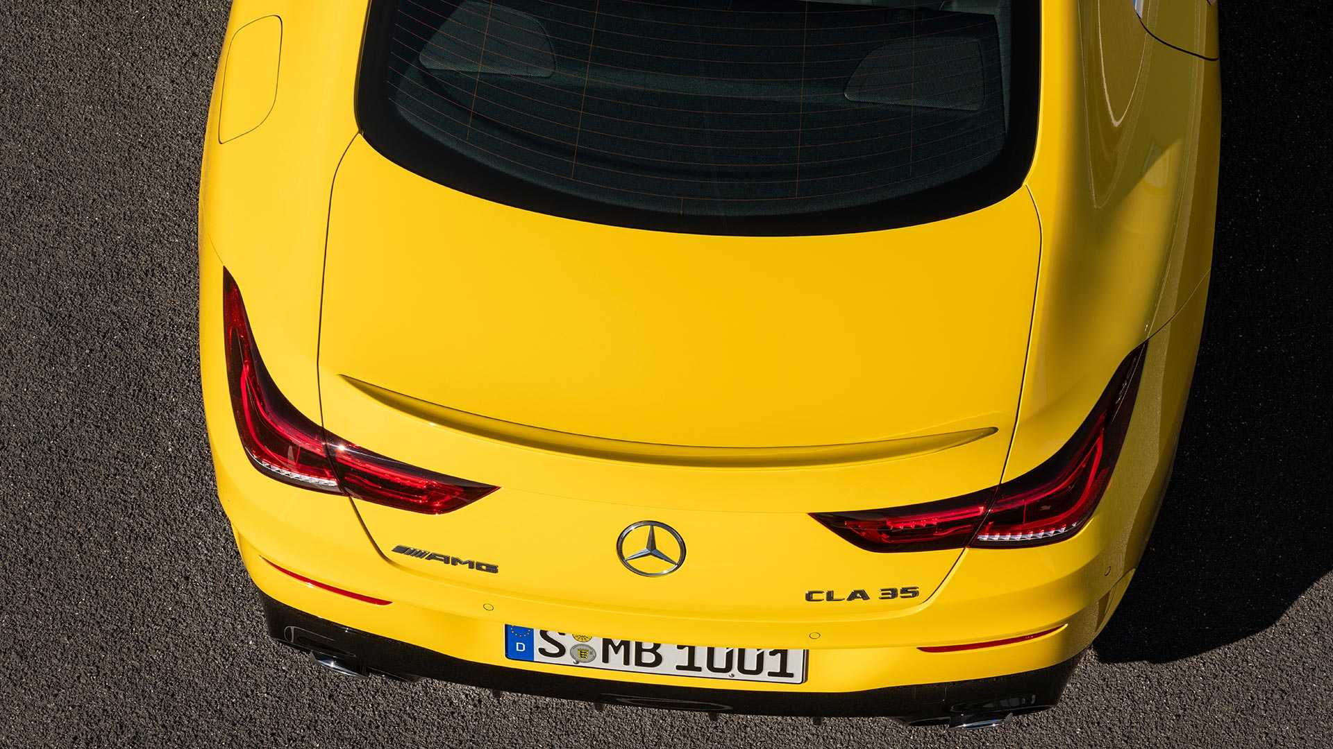 2020-mercedes-amg-cla-35-coupe (23)