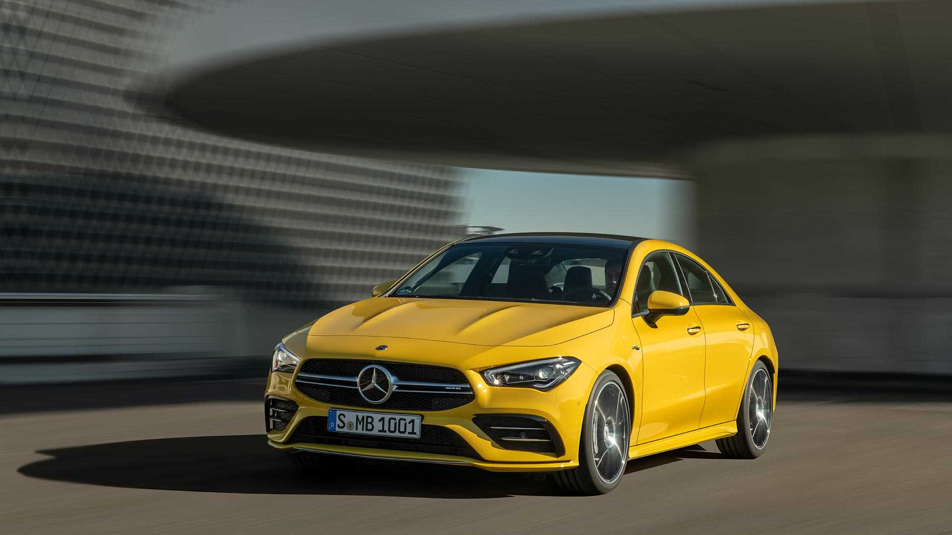 2020-mercedes-amg-cla-35-coupe (27)