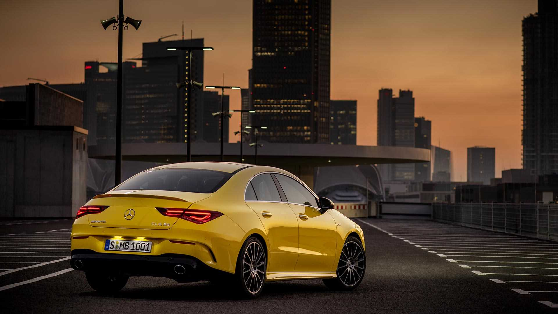 2020-mercedes-amg-cla-35-coupe (9)