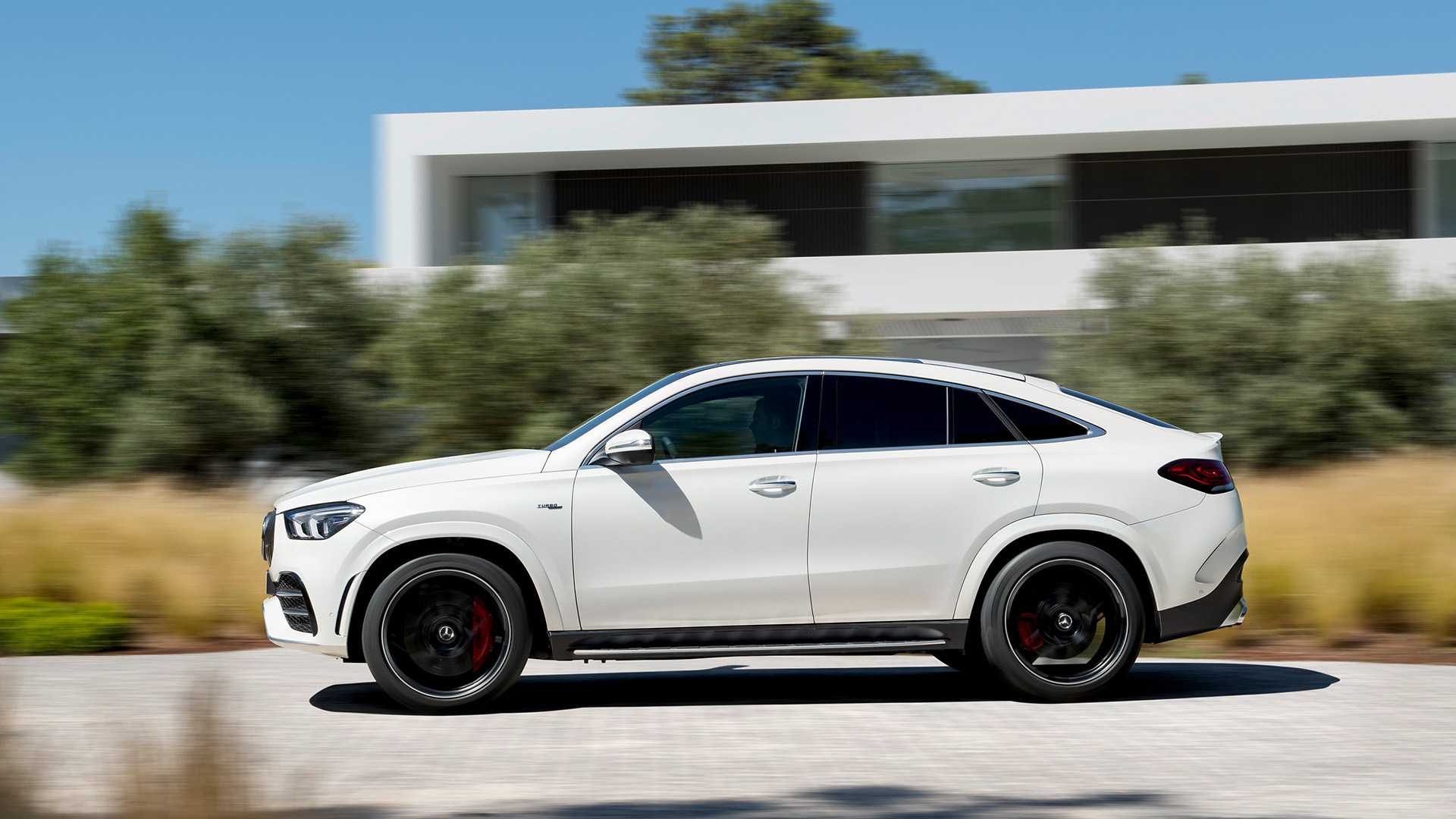 mercedes-amg-gle-53-coupe-2019-14
