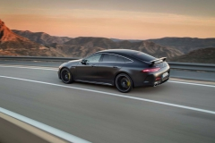 2019-mercedes-amg-gt-4-door-coupe (2)