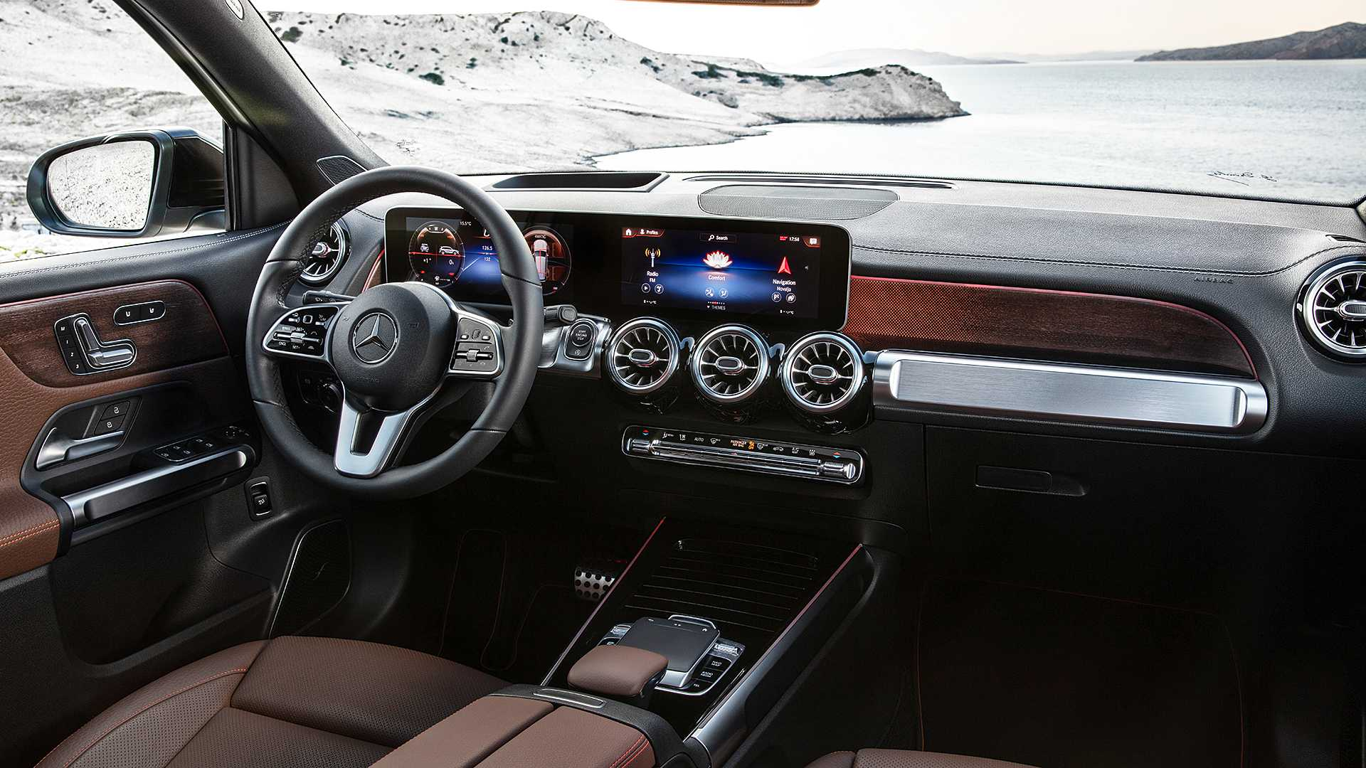 mercedes-benz-glb-14