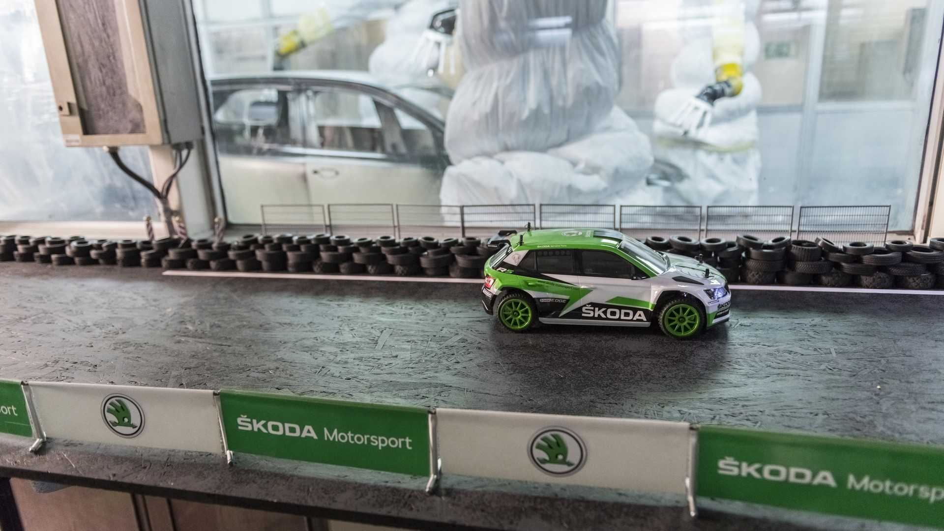 skoda-fabia-r5-rc-cars (3)
